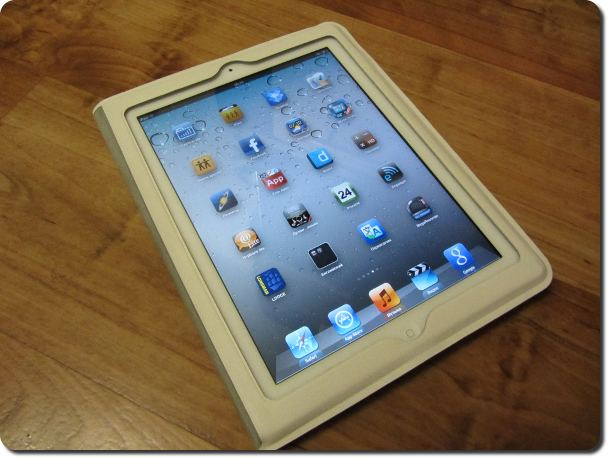 Вот он красавец iPad 2 Белый 16 Гб в белом кожаном чехле